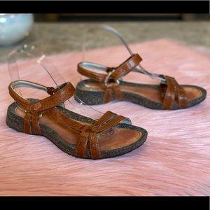 Teva Ventura Cork 2 Brown Leather Sandal Size 7